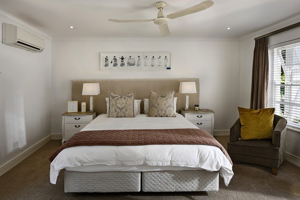 Top 3 Finishing Touches for Your Master Bedroom