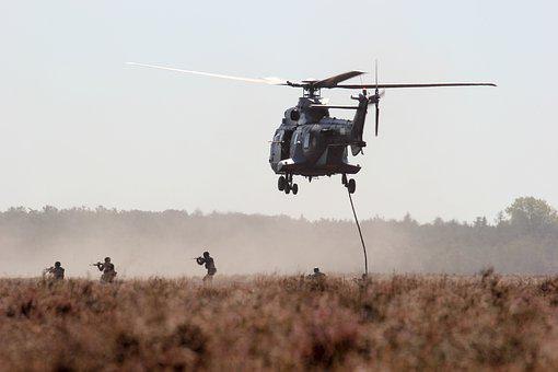 Armee, Hubschrauber, Terrorismus