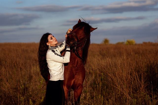 Girl Fashion Horse Beauty Makeup