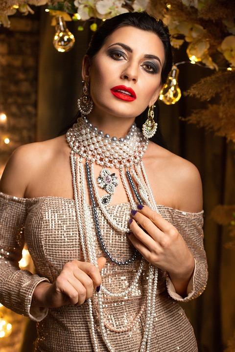 Woman, Fashion, Jewelries, Glamour, Girl, Female