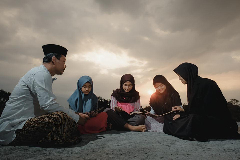 勉強, 先生, 学生, 日没, グループ, 学ぶ, 女性, 読書, イスラム教徒, ヒジャーブ, アジア