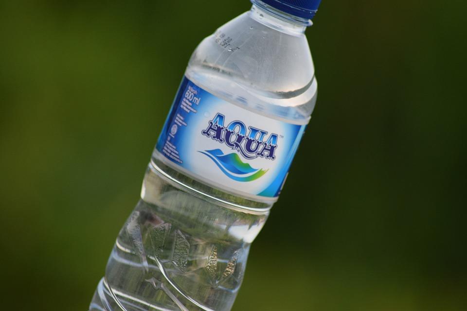 ミネラルウォーター, 水を飲む, ボトル, 健康, ドリンク, 水