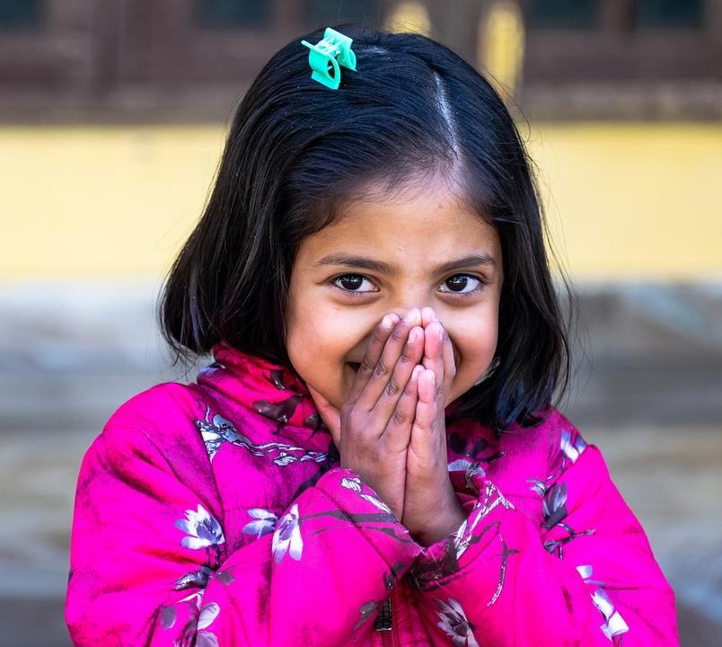 害羞的女孩, 孩子, 害羞, 女孩, 儿童, 可爱, 年轻, 人, 婴儿, 肖像, 童年, 微笑, 可爱的