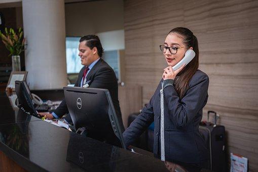 従業員の写真|KEN'S BUSINESS|ケンズビジネス|職場問題の解決サイト中間管理職・サラリーマン・上司と部下の「悩み」を解決する情報サイト