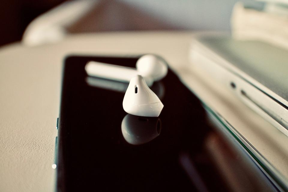 Earbuds, Smartphone, Sound, Music, Audio, Earphones