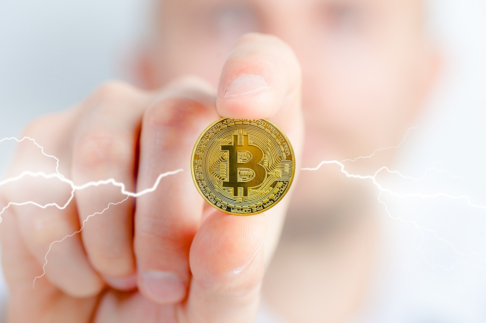 Impacts of the Bitcoin blockchain technology on the small business?