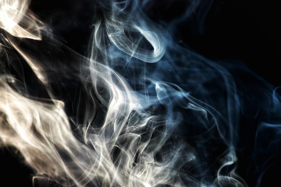 Лёгкие и электронные сигареты не безопаснее обычных