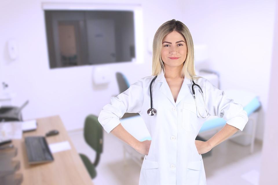 Профессия терапевт: специализации, обязанности, требования, обучение, работа и зарплата