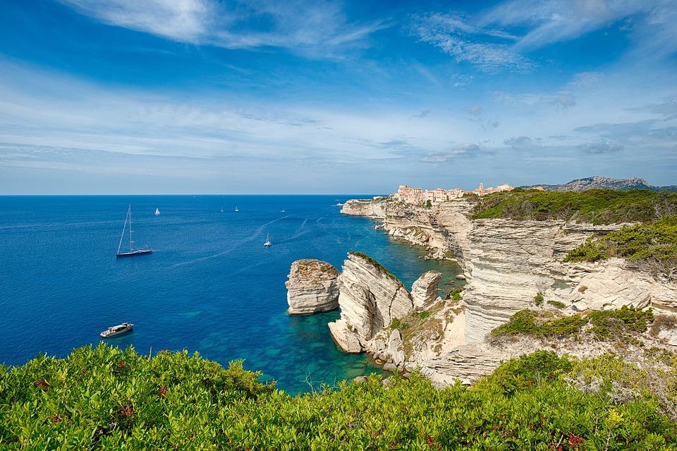 Korzika, Bonifacio, Sziklák, Tengeren, Franciaország