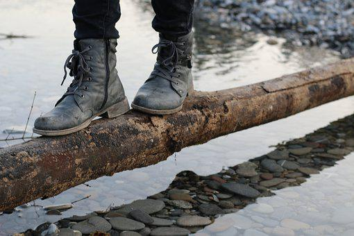 Schuhe, Überbrücken, Brücke, Überwinden