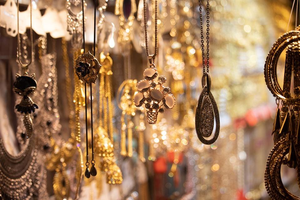 Cajas y armarios para guardar joyas, bisutería o cualquier cosa