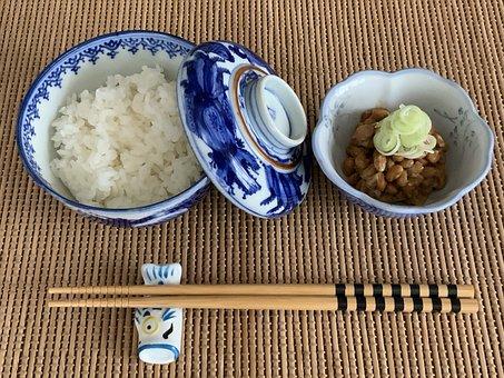 納豆, 米, 食品, 日本の朝食, 日本食, 皿, 箸, ボウル, おいしい