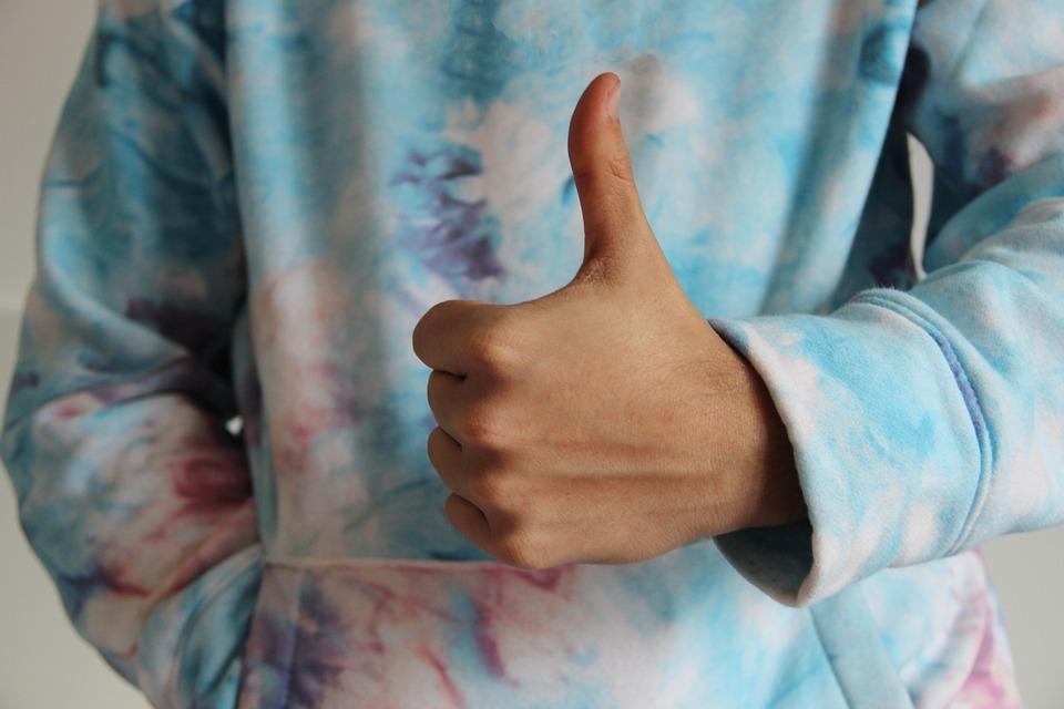 親指, ような, わかりました, 手, 肯定的です, ジェスチャ, 素晴らしい, 喜び, 賛成, はい, 同意
