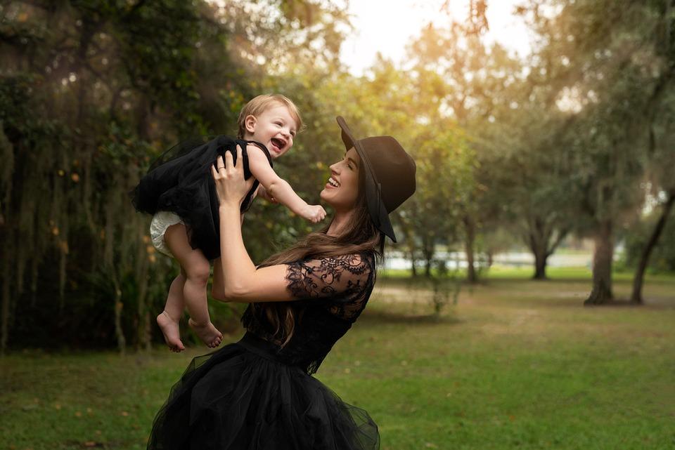 Matka, Córka, Czarne Sukienki, Moda, Styl, Kapelusz