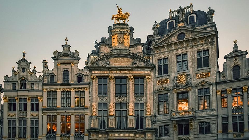 Nagy Hely, Brüsszel, Céhházak, Épületek, Homlokzatok
