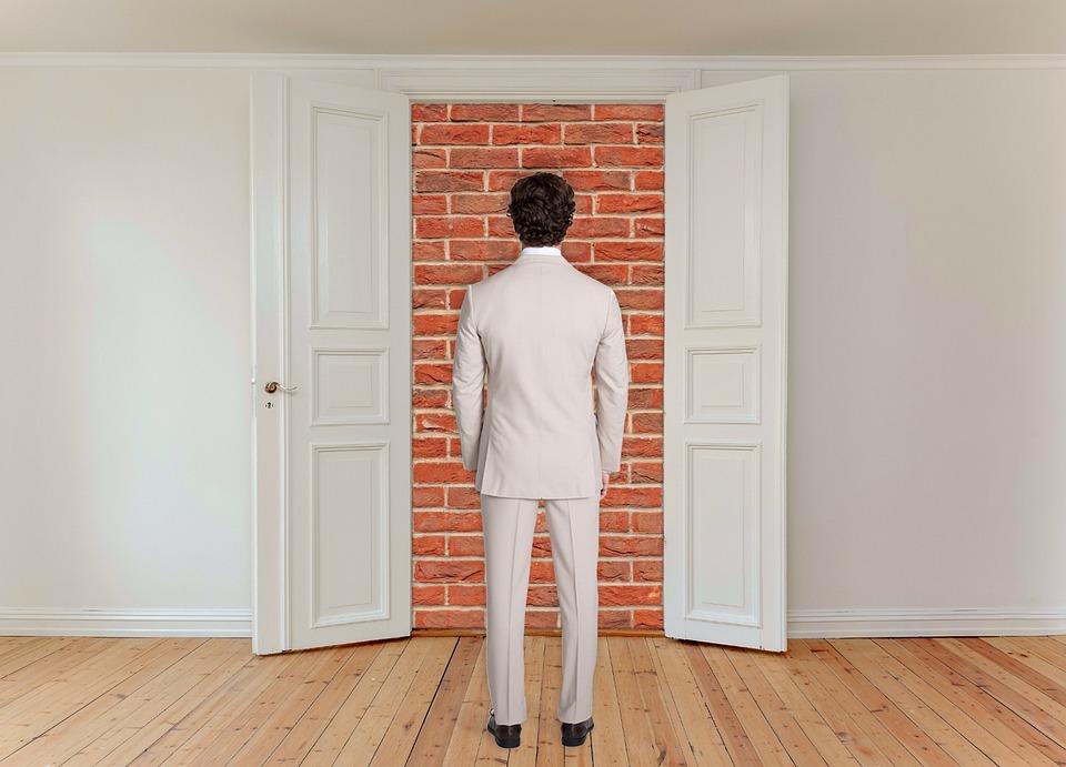 閉じたドア, 男, デッドエンド, 概念, 閉じ込められた, レンガ造り, 心理学, 問題, シンボル
